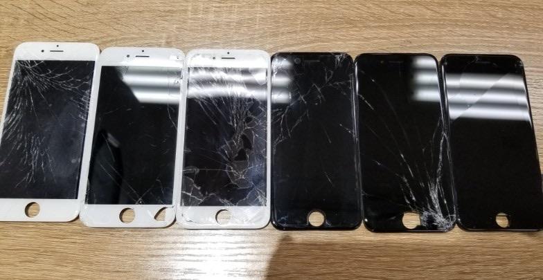 ガラスの割れたiPhoneたち